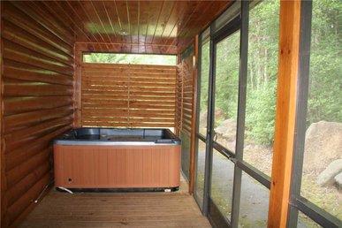 Marlene's Hideaway, 3 Bedrooms, Pool, Hot Tub, Fireplace, Wifi, Sleeps 6
