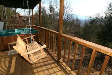 Smoky Mountain Dreams, 3 Bedrooms, Pool Access, Hot Tub, Wifi, Sleeps 8