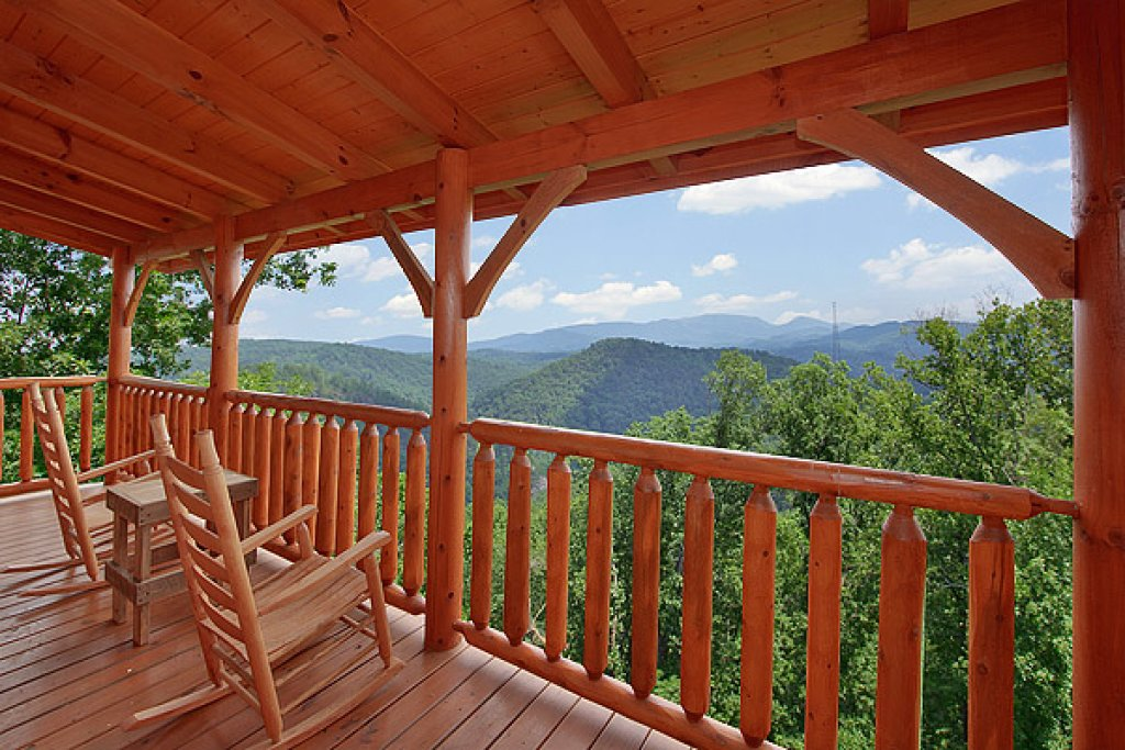 Photo of a Pigeon Forge Cabin named Mountain Mist - This is the eighth photo in the set.