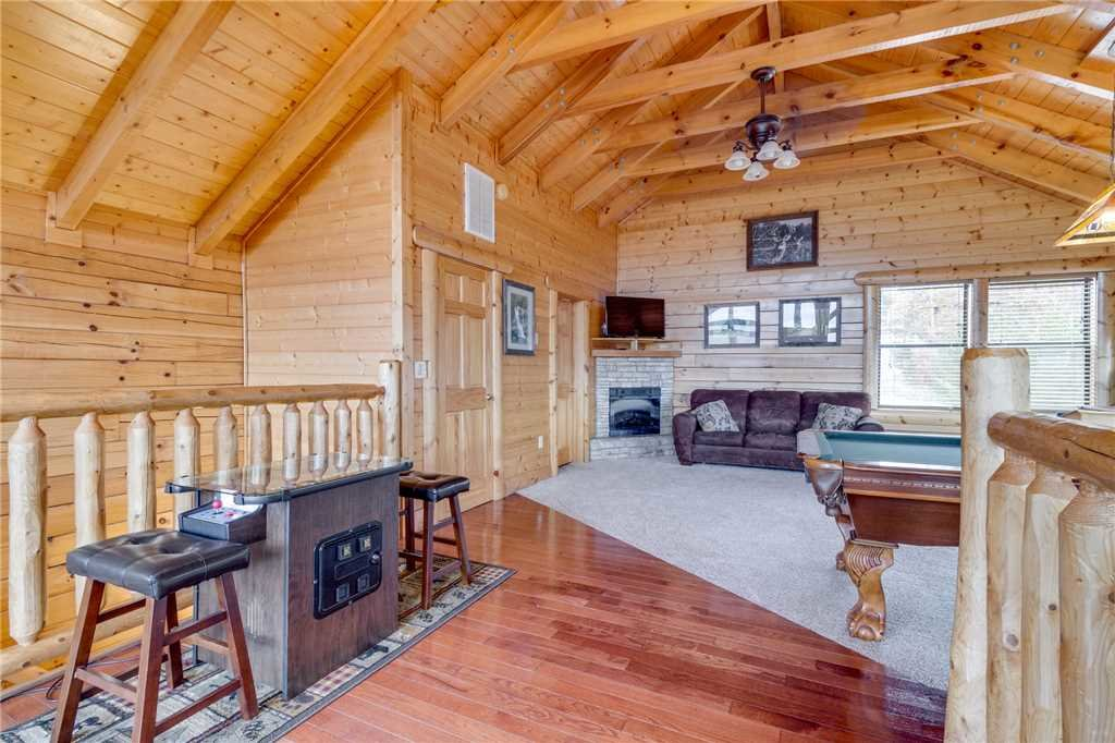Photo of a Pigeon Forge Cabin named Beyond Expectations - This is the forty-fifth photo in the set.