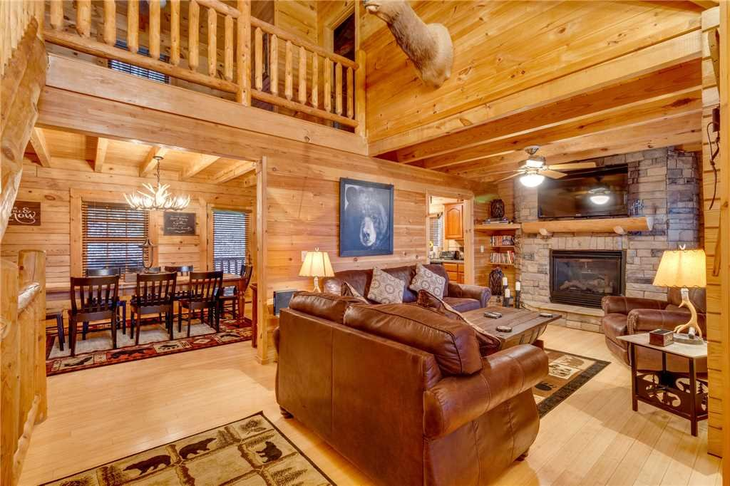 Photo of a Sevierville Cabin named Heavenly Homestead - This is the fourth photo in the set.