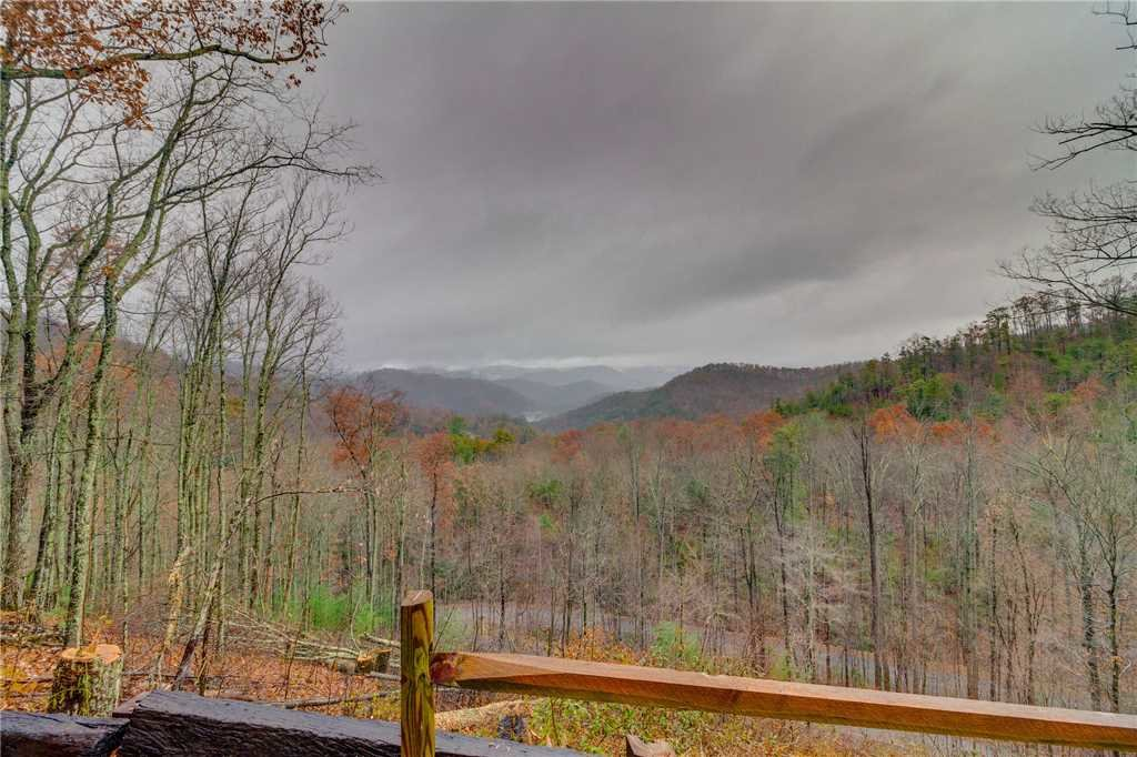 Photo of a Sevierville Cabin named Heavenly Homestead - This is the fifty-first photo in the set.