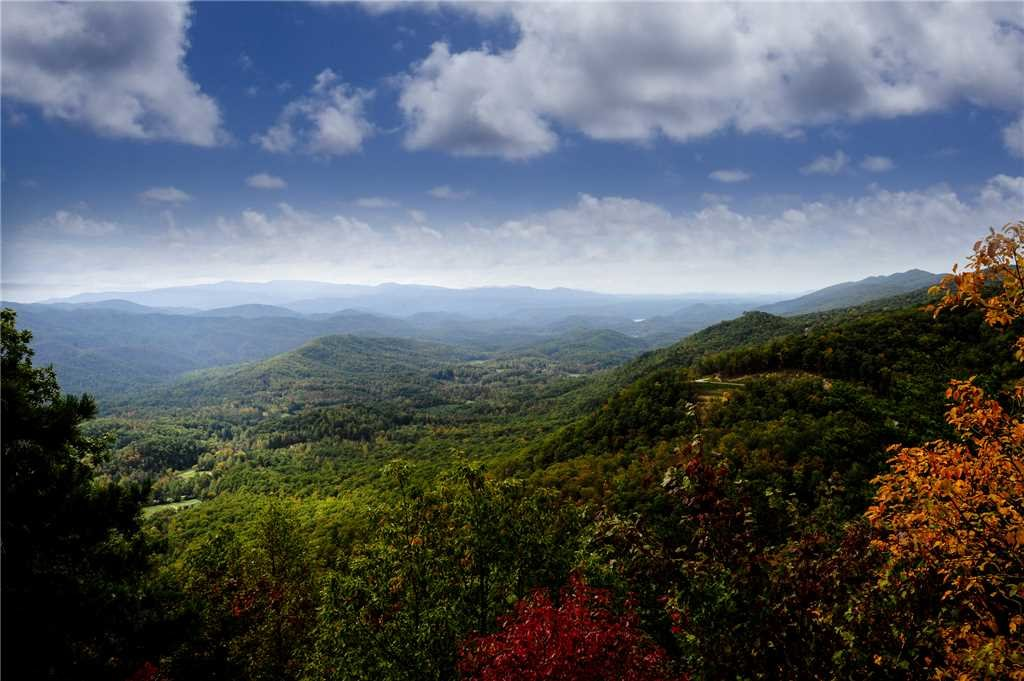 Photo of a Gatlinburg Cabin named Leconte View 2 - This is the ninth photo in the set.