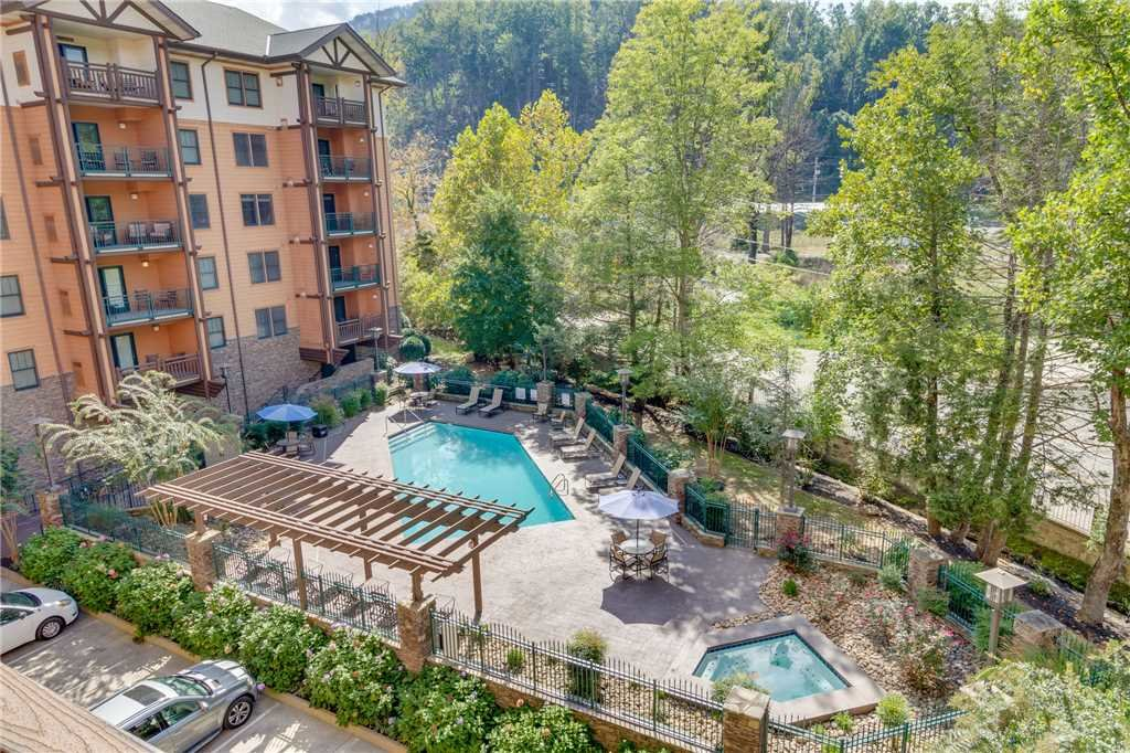 Photo of a Gatlinburg Condo named Baskins Creek 414 - This is the fiftieth photo in the set.