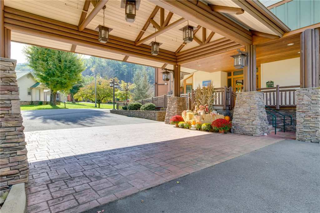 Photo of a Gatlinburg Condo named Baskins Creek 414 - This is the fifty-third photo in the set.
