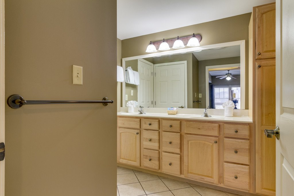 Photo of a Gatlinburg Condo named Baskins Creek 303 - This is the twenty-second photo in the set.