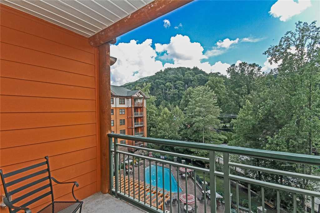 Photo of a Gatlinburg Condo named Baskins Creek 404 - This is the fifteenth photo in the set.