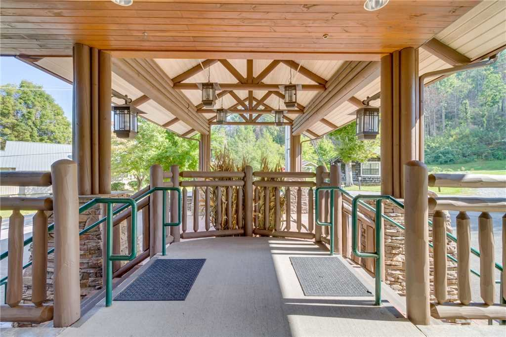 Photo of a Gatlinburg Condo named Baskins Creek 303 - This is the fifty-second photo in the set.