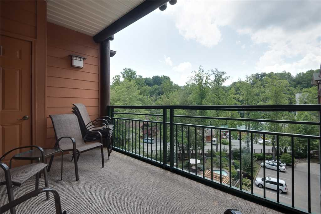 Photo of a Gatlinburg Condo named Baskins Creek 410 - This is the eleventh photo in the set.