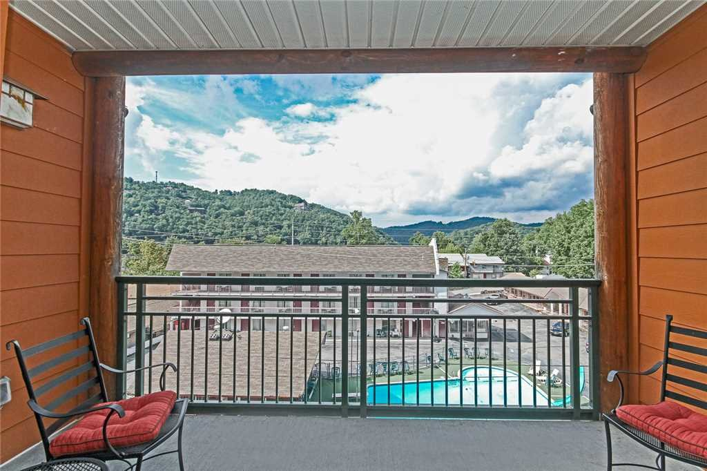 Photo of a Gatlinburg Condo named Baskins Creek 405 - This is the fourteenth photo in the set.