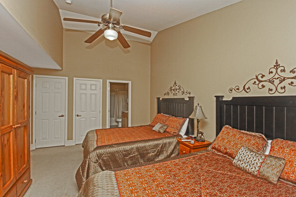 Photo of a Gatlinburg Condo named Baskins Creek 502 - This is the twelfth photo in the set.