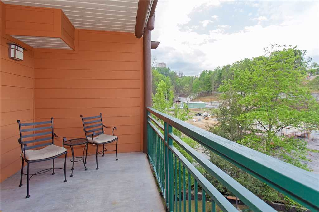 Photo of a Gatlinburg Condo named Baskins Creek 412 - This is the seventeenth photo in the set.