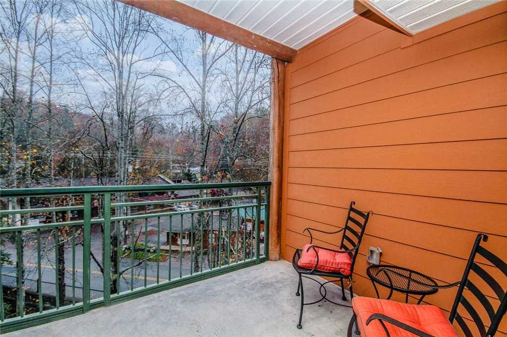 Photo of a Gatlinburg Condo named Baskins Creek 302 - This is the fourteenth photo in the set.