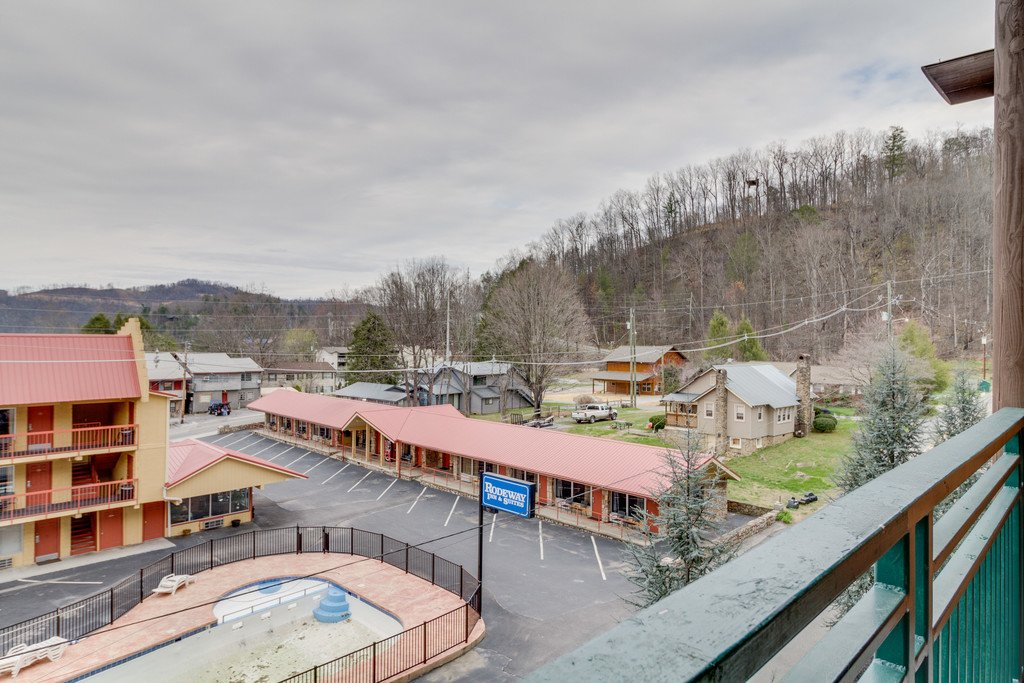 Photo of a Gatlinburg Condo named Baskins Creek 205 - This is the thirty-third photo in the set.