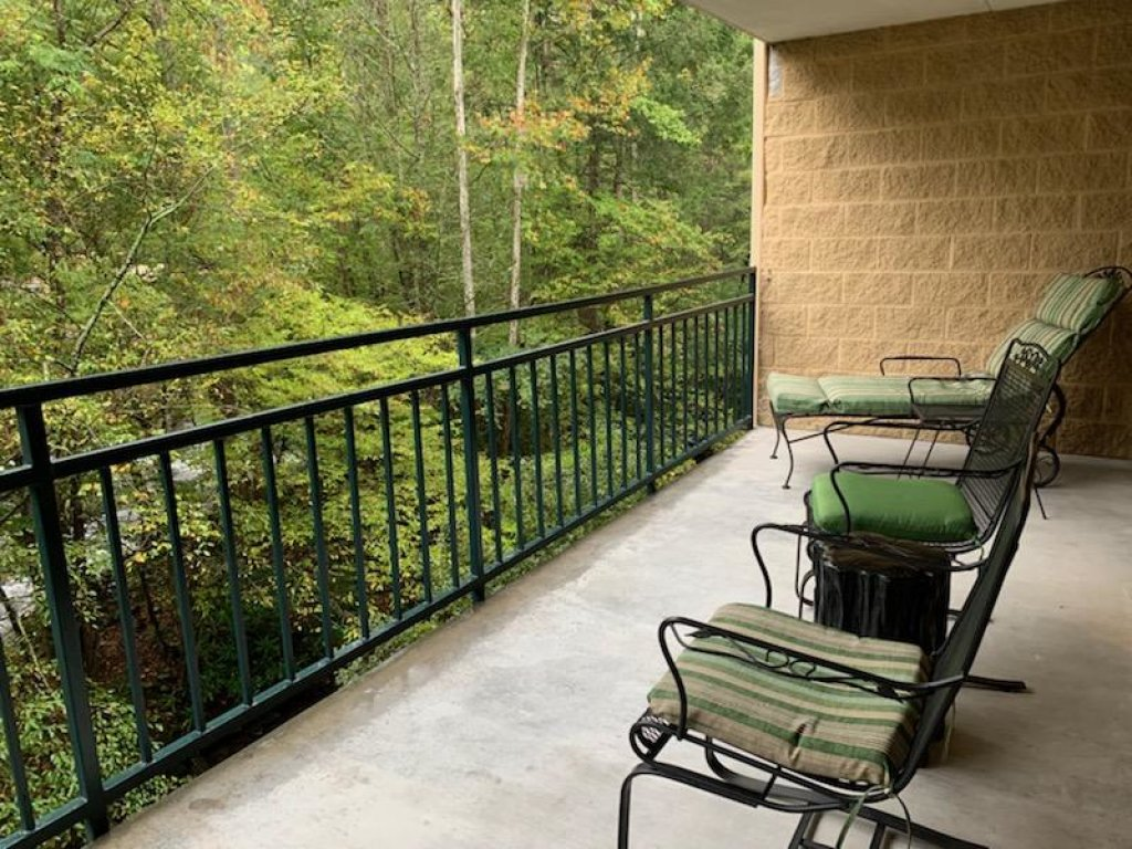 Photo of a Gatlinburg Condo named Level Two, Great River View - 205 - This is the eleventh photo in the set.