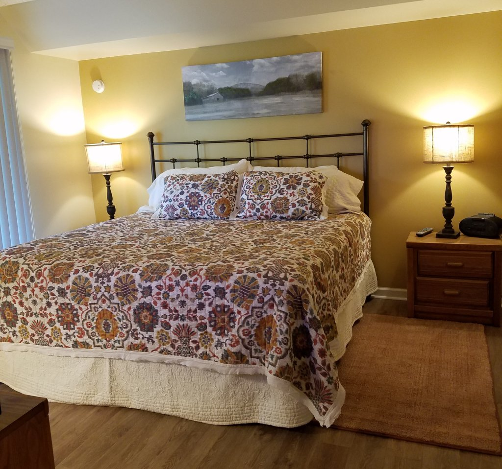Photo of a Gatlinburg Condo named Level Two, Great River View - 205 - This is the sixth photo in the set.