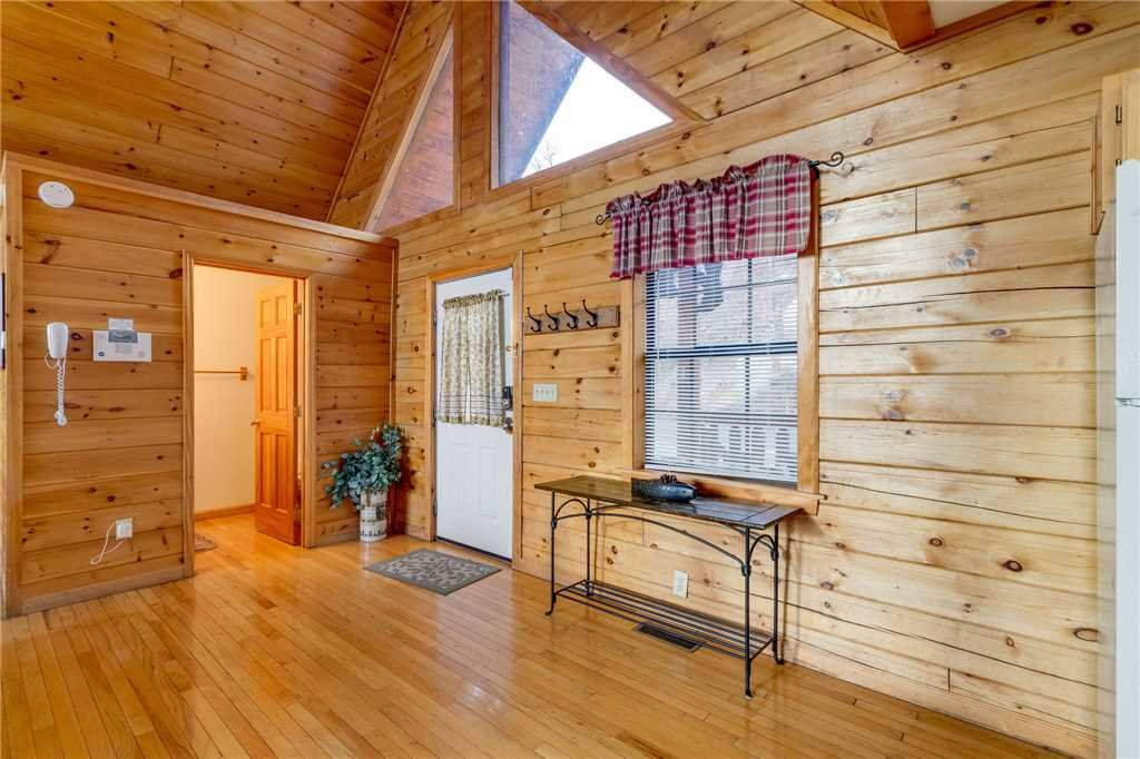 Photo of a Pigeon Forge Cabin named Peaceful View - This is the fifteenth photo in the set.