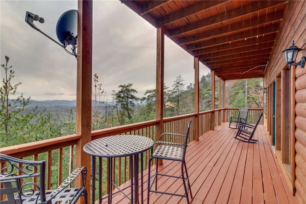 Photo of a Pigeon Forge Cabin named Peaceful View - This is the fiftieth photo in the set.