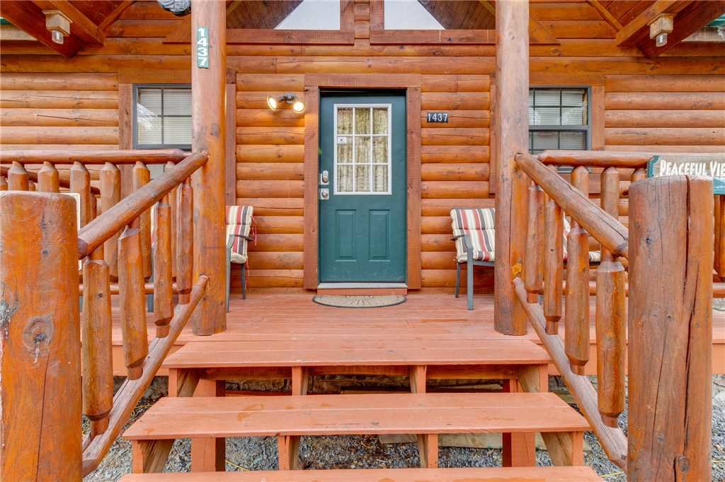Photo of a Pigeon Forge Cabin named Peaceful View - This is the fifty-fifth photo in the set.