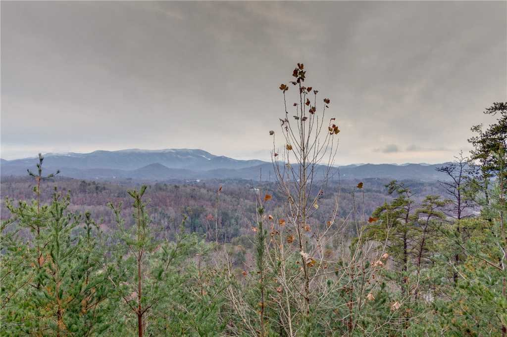 Photo of a Pigeon Forge Cabin named Peaceful View - This is the fifty-third photo in the set.