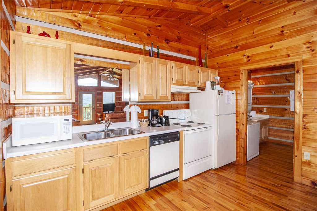 Photo of a Gatlinburg Cabin named Sweet Heart - This is the sixth photo in the set.