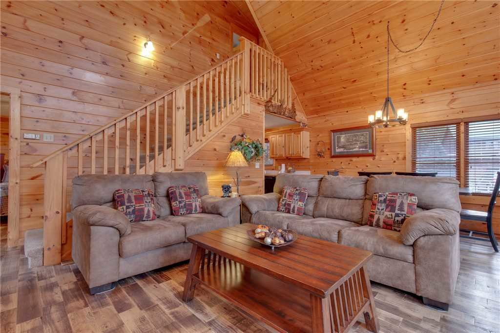 Photo of a Gatlinburg Cabin named Whisper Mountain - This is the fifth photo in the set.