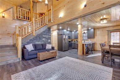 Mirror Pond, 4 Bedrooms, Private Pool, Theater, Hot Tub, Wifi, Sleeps 15