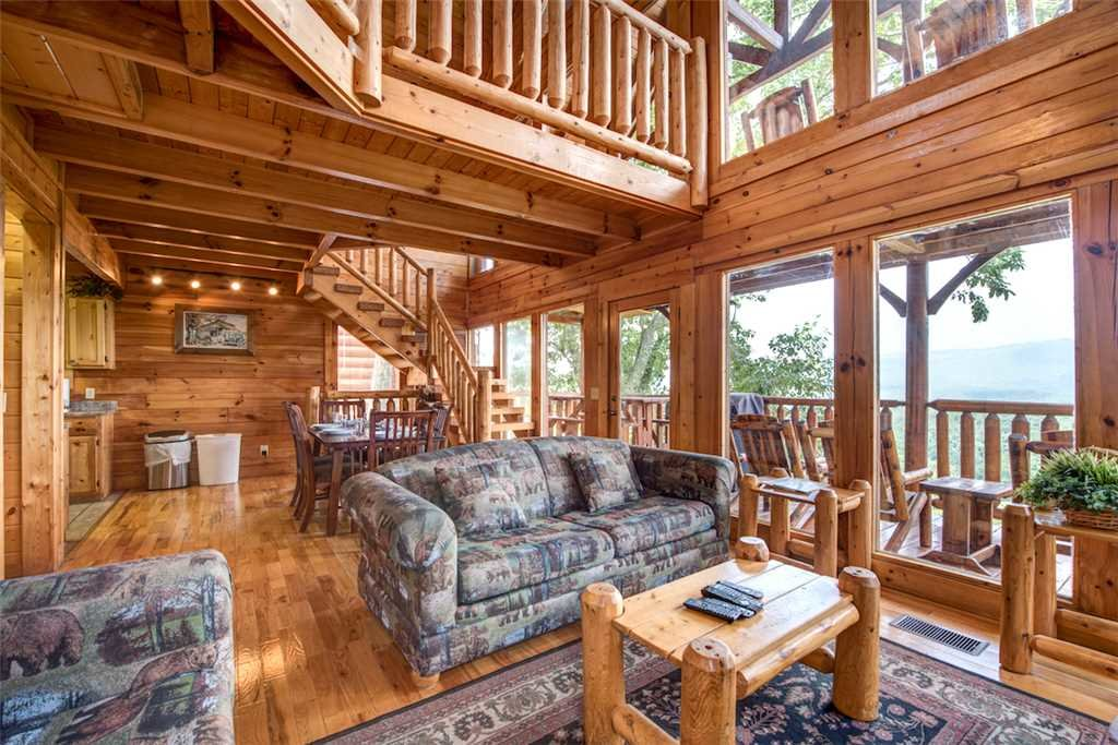 Photo of a Pigeon Forge Cabin named Black Bear Overlook - This is the fourth photo in the set.