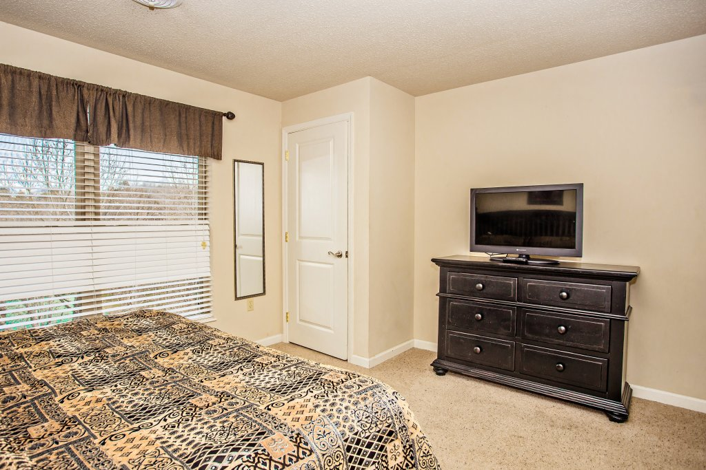 Photo of a Pigeon Forge Condo named Cedar Lodge 705 - This is the thirteenth photo in the set.