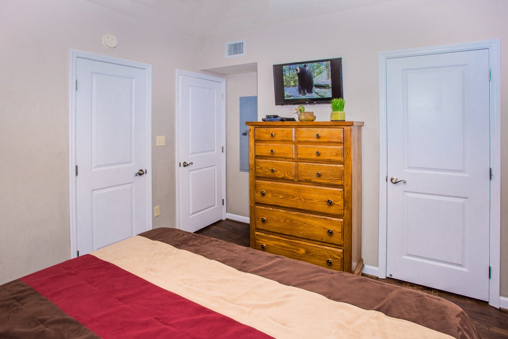 Photo of a Pigeon Forge Condo named Cedar Lodge 105 - This is the twelfth photo in the set.