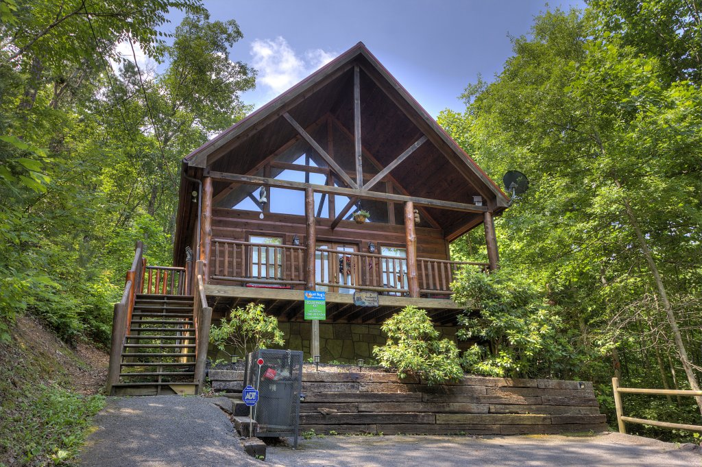 Photo of a Gatlinburg Cabin named A Secluded Bearadise #247 - This is the sixteenth photo in the set.