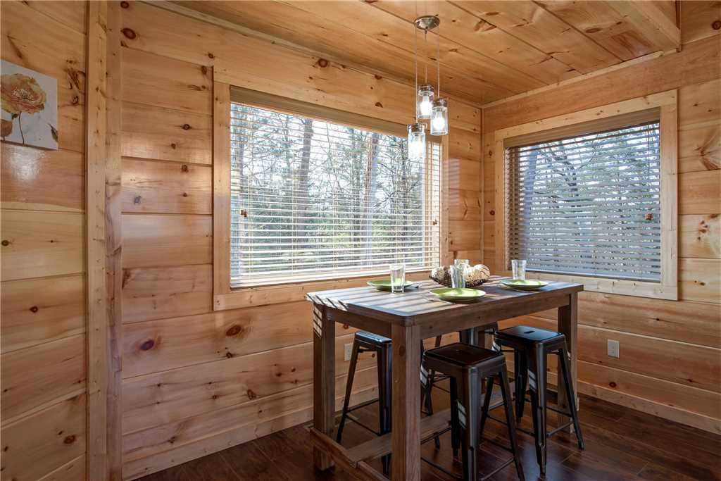 Photo of a Pigeon Forge Cabin named Splash Of Moonshine - This is the seventh photo in the set.