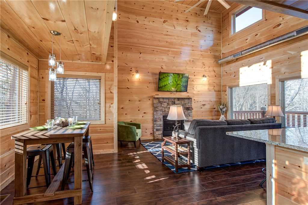 Photo of a Pigeon Forge Cabin named Splash Of Moonshine - This is the sixth photo in the set.