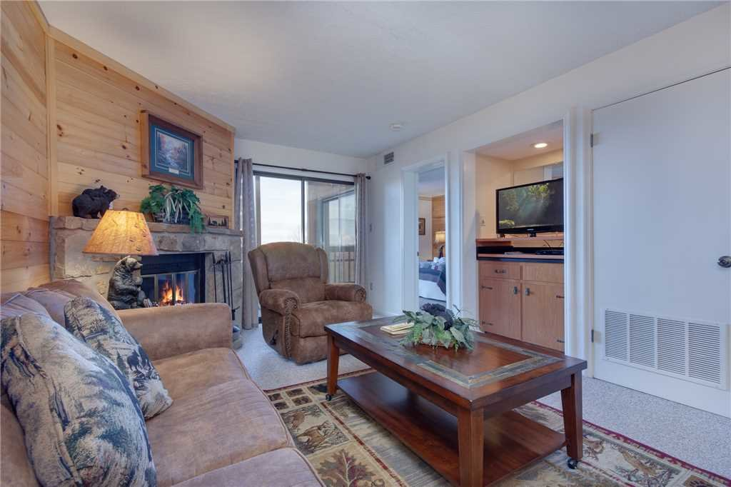 Photo of a Gatlinburg Condo named Ski View Mountain Resort 305 - This is the first photo in the set.