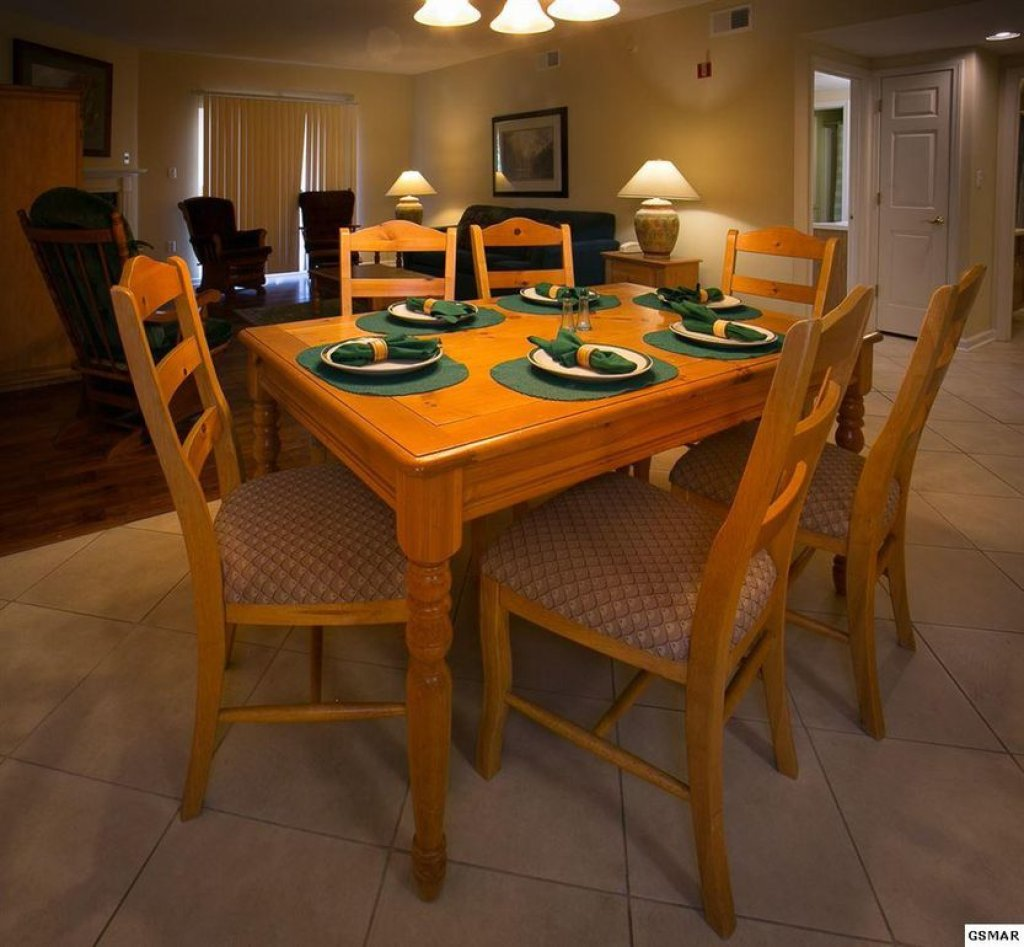 Photo of a Pigeon Forge Condo named Whispering Pines 433 - This is the first photo in the set.