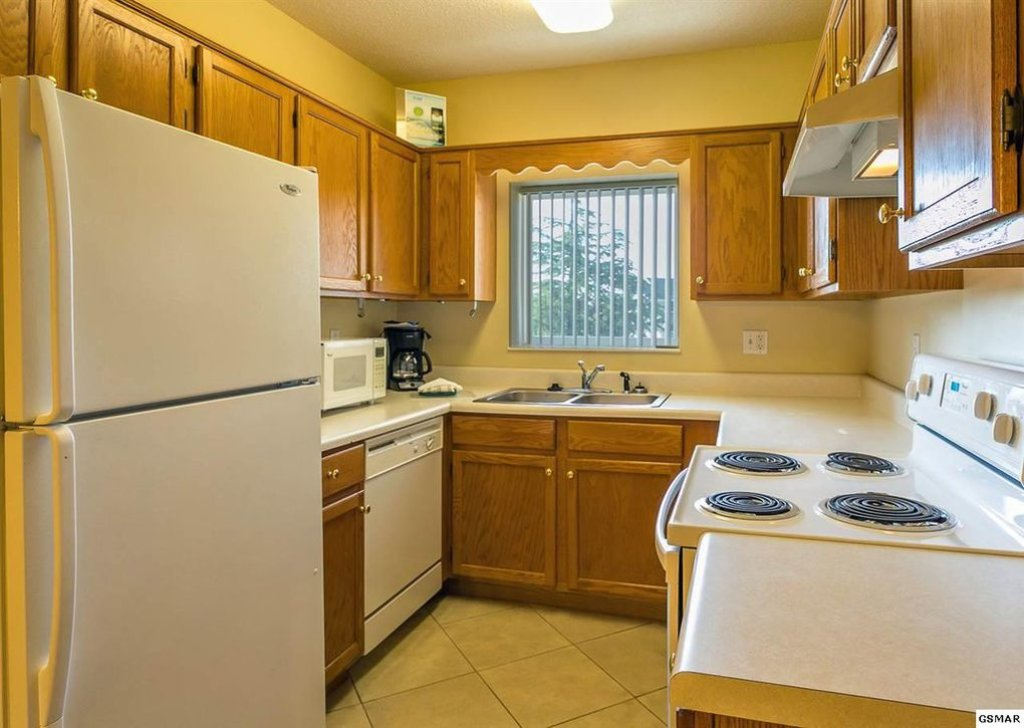 Photo of a Pigeon Forge Condo named Whispering Pines 433 - This is the second photo in the set.