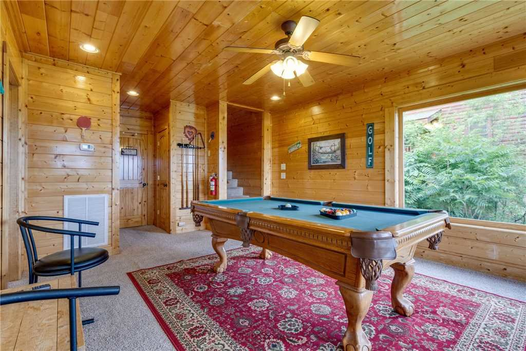 Photo of a Pigeon Forge Cabin named Shooting Star - This is the thirty-first photo in the set.