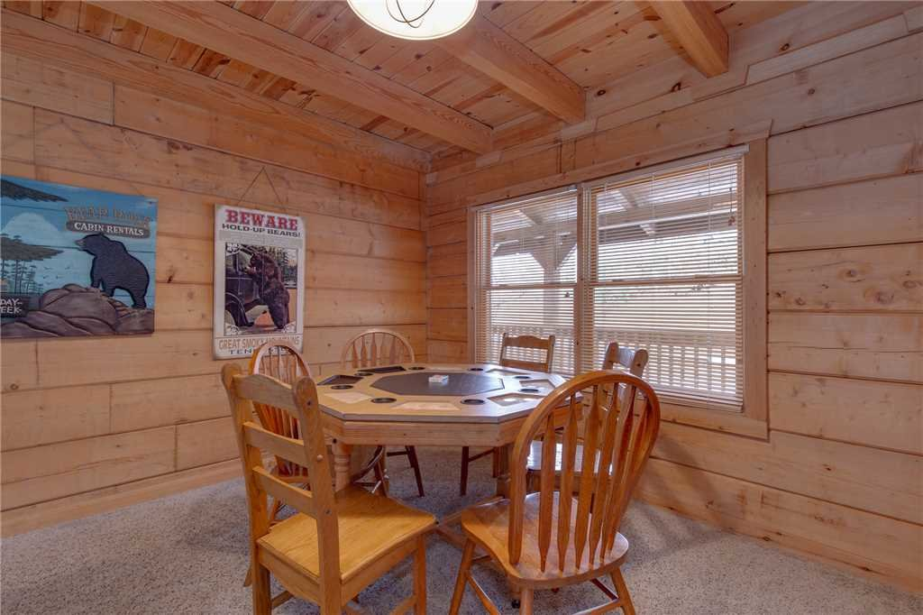 Photo of a Gatlinburg Cabin named Big Bear 2 - This is the tenth photo in the set.
