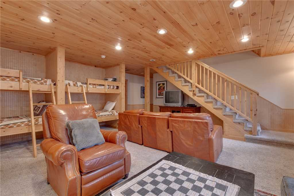 Photo of a Gatlinburg Cabin named Big Bear 2 - This is the thirty-second photo in the set.