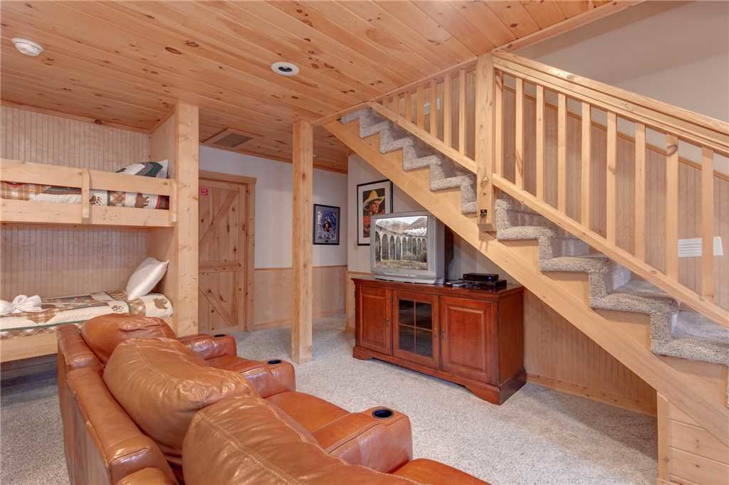 Photo of a Gatlinburg Cabin named Big Bear 2 - This is the thirty-first photo in the set.