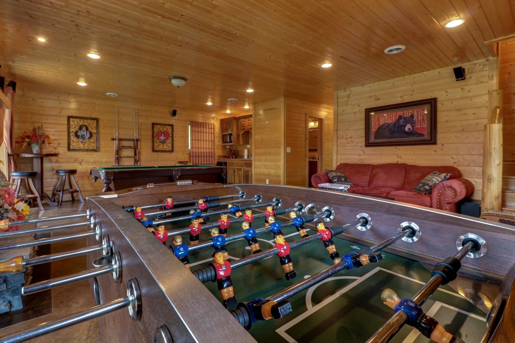 Photo of a Sevierville Cabin named Bear Valley Lodge - This is the sixth photo in the set.