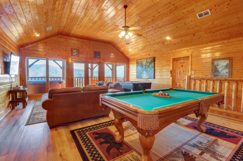 Photo of a Sevierville Cabin named A Higher Calling - This is the seventh photo in the set.