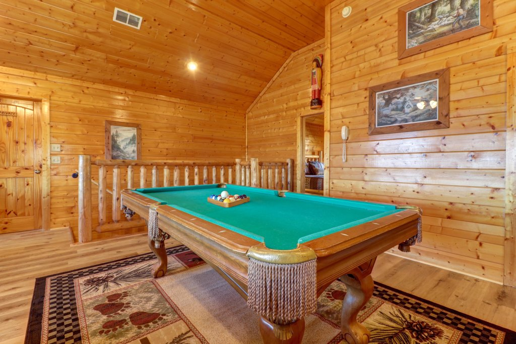 Photo of a Sevierville Cabin named A Higher Calling - This is the nineteenth photo in the set.
