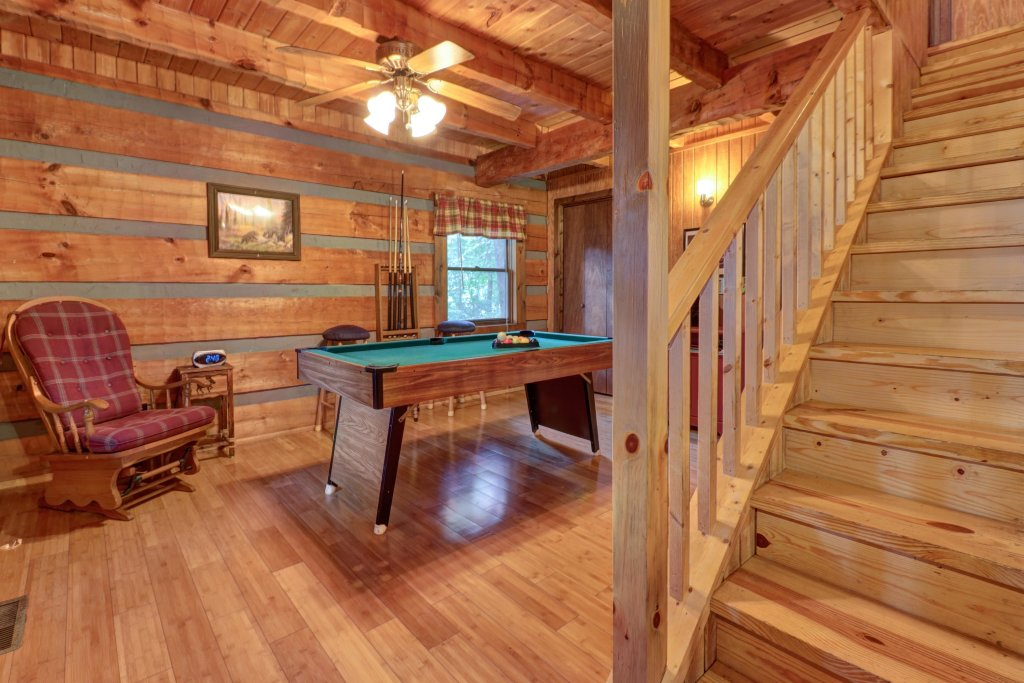 Photo of a Gatlinburg Cabin named Peaceful Pines - This is the first photo in the set.