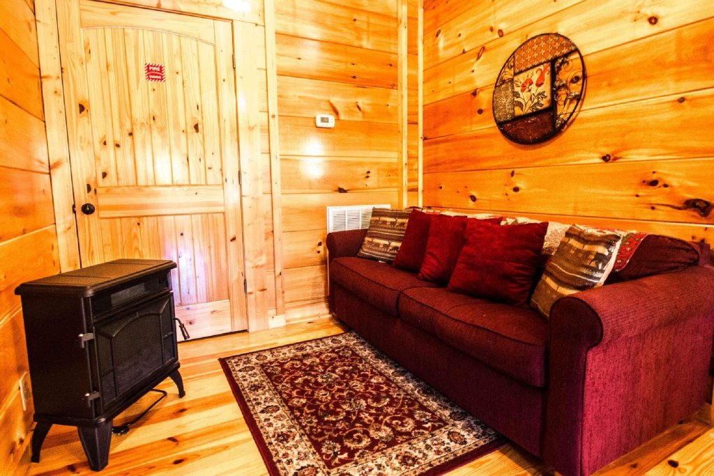 Photo of a Gatlinburg Cabin named Zippie Too - This is the twentieth photo in the set.