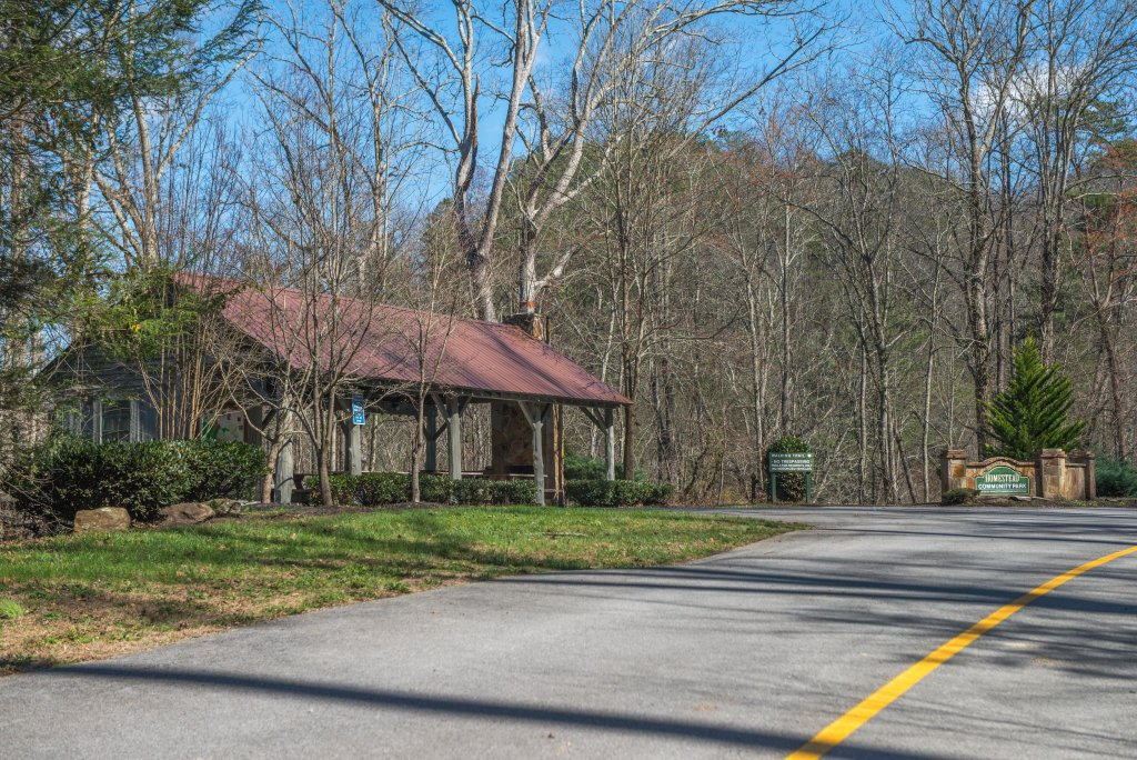 Photo of a Pigeon Forge Cabin named Gristmill Getaway - This is the twenty-third photo in the set.