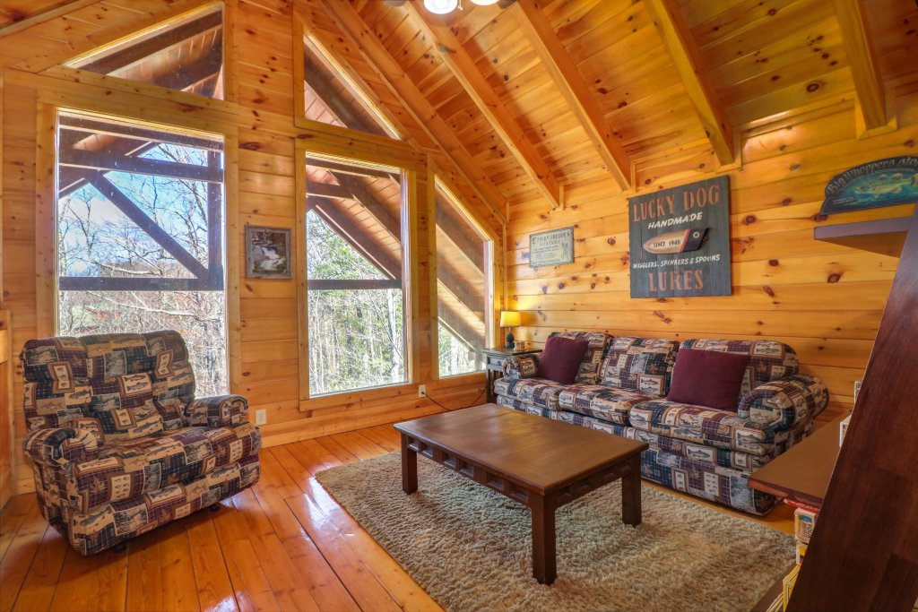 Photo of a Pigeon Forge Cabin named Gristmill Getaway - This is the twelfth photo in the set.