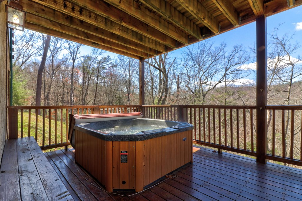 Photo of a Pigeon Forge Cabin named Gristmill Getaway - This is the forty-second photo in the set.