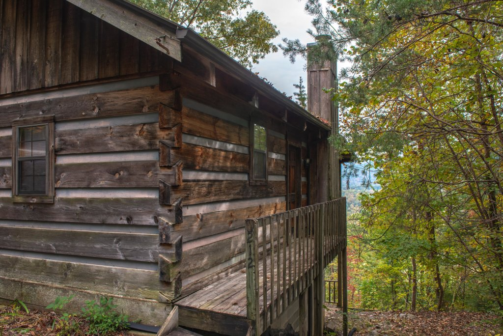 Photo of a Sevierville Cabin named Bearly Heaven - This is the fifth photo in the set.