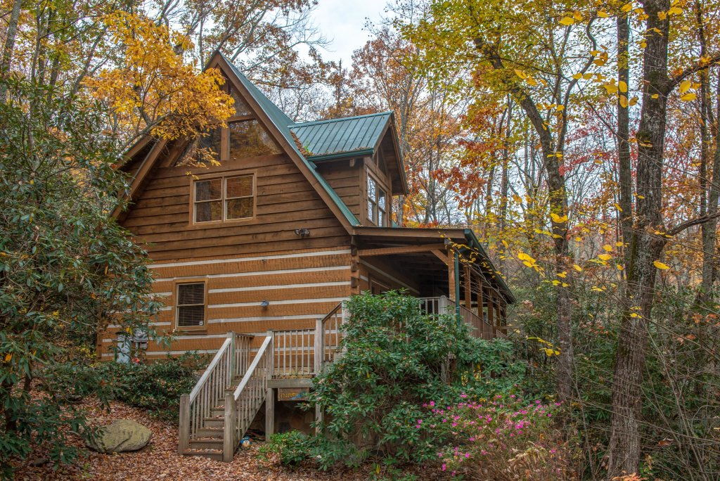 Photo of a Sevierville Cabin named Creekside - This is the fortieth photo in the set.